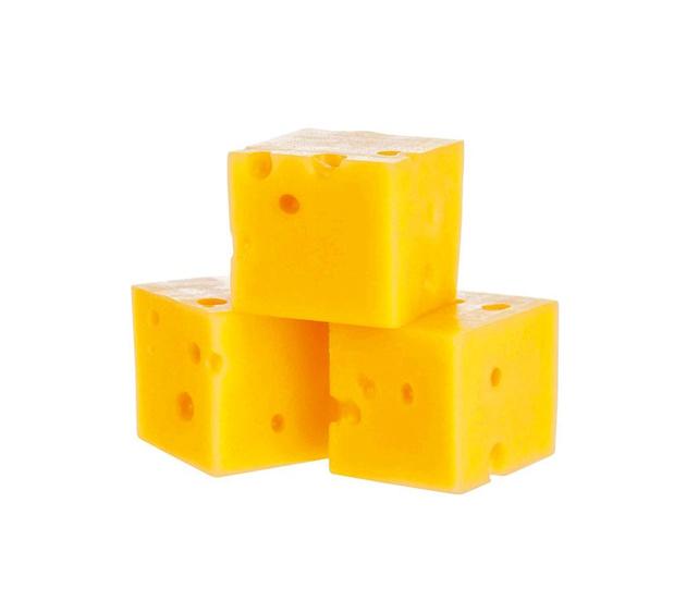 Un ado décède après avoir reçu une tranche de fromage dans le cou