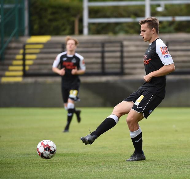 Mandel United huurt Arthur Devos (20) van KSV Roeselare