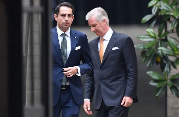 Le monde politique francophone très prudent après l'audience royale de Tom Van Grieken