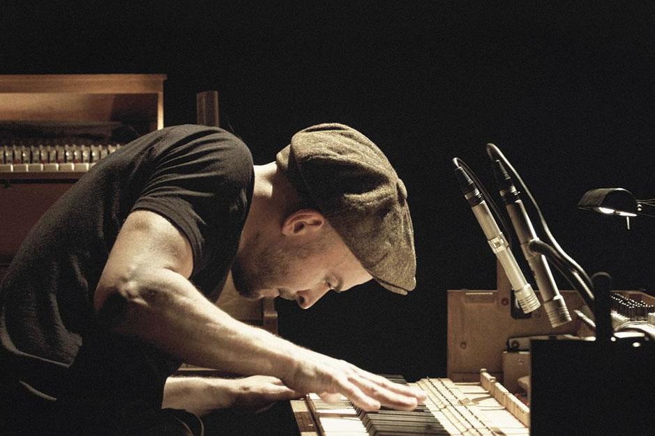 Nils Frahm neemt de schuld op zich van al die streaminglijstjes met minimale piano