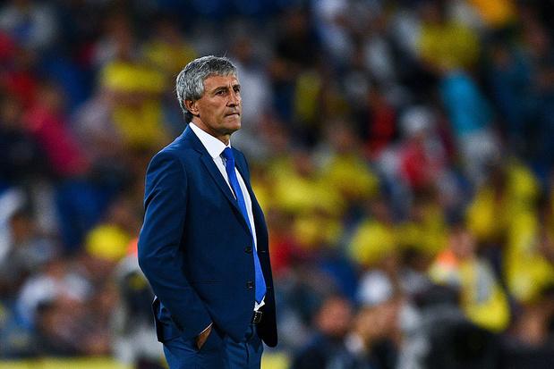 Barcelona zet samenwerking met coach Quique Setién stop