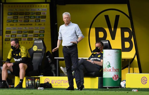 Favre coupe court aux rumeurs sur son départ de Dortmund