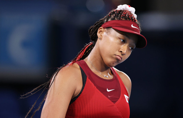 Naomi Osaka fond en larmes après une question en conférence de presse