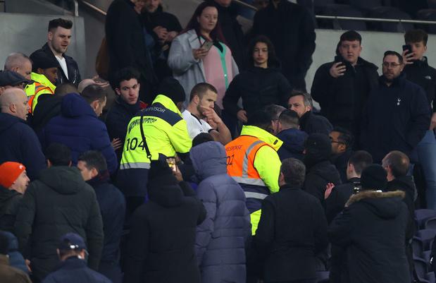 Eric Dier monte dans les tribunes après des insultes d'un supporter (vidéo)