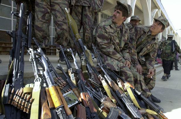 """Joe Biden: il n'est pas """"inévitable"""" de voir l'Afghanistan tomber aux mains des talibans"""