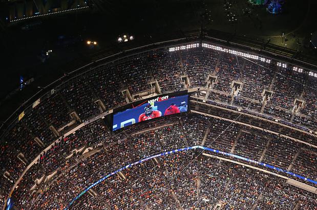 Duel de pubs Bloomberg-Trump pour le Super Bowl