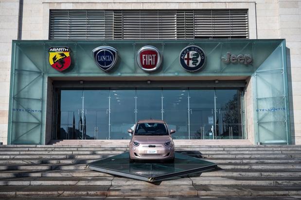 Lancia, en 2026 et Alfa Romeo, en 2027, deviendront 100% électriques