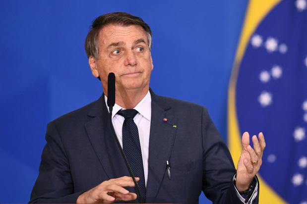 Le président brésilien Bolsonaro demande la destitution d'un juge de la cour suprême