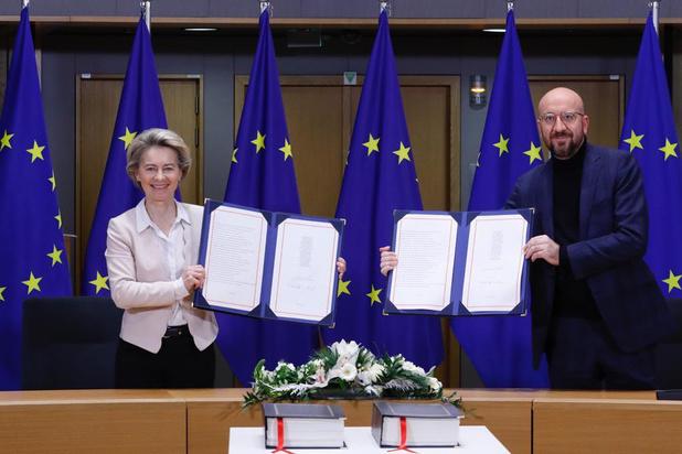 L'UE signe l'accord post-Brexit, à la veille du divorce historique