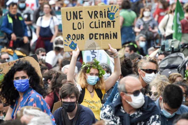 France: des dizaines de milliers de manifestants pour le climat