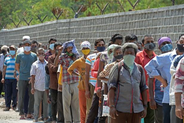 """Covid: la situation en Inde est """"plus que déchirante"""" (OMS)"""