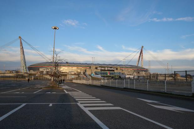 Le gouvernement italien ordonne la suspension de la Serie A