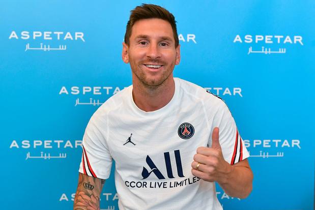 Premier entraînement pour Lionel Messi au PSG, accueilli par Kylian Mbappé