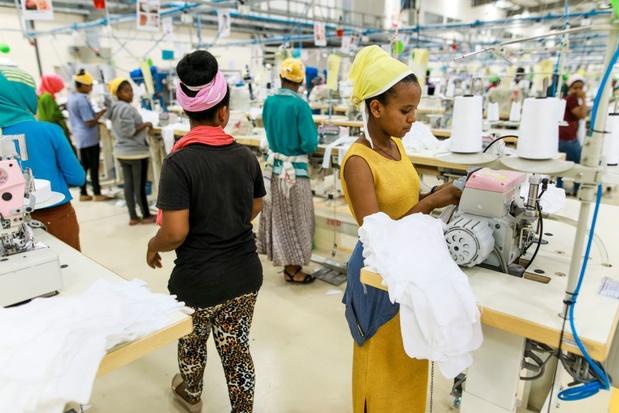Ook Ethiopische textielarbeiders uitgebuit: overleven met één euro per dag