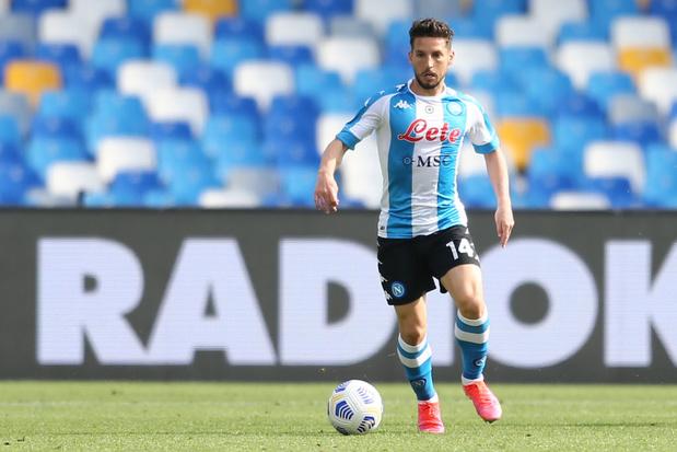 Dries Mertens sort blessé avec Naples