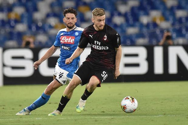 Mertens buteur, Saelemaekers exclu: Naples et l'AC Milan dos à dos
