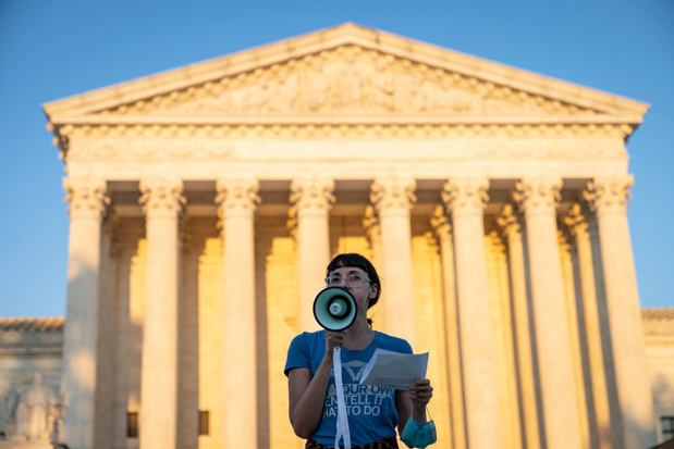 """Droit à l'avortement: jusqu'où ira le """"virage à droite"""" de la Cour suprême des Etats-Unis?"""
