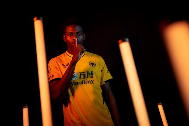 Le FC Bruges attire Owen Otasowie de Wolverhampton