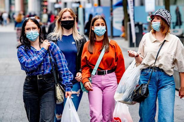 Verkoop in modewinkels met 40 procent gedaald