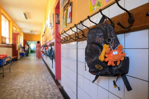 Des écoles primaires néerlandophones commenceront l'année scolaire... sans manuels et livres