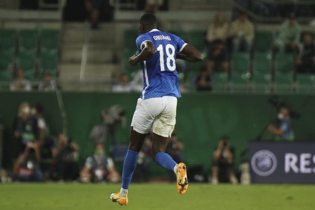 Le footballeur Pro de l'année et soulier d'Ebène Paul Onuachu prolonge à Genk jusqu'en 2024