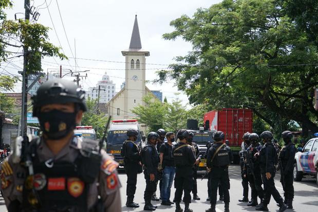 Une cathédrale indonésienne visée par un attentat suicide