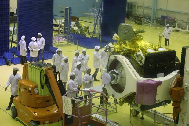 India stuurt raket naar de maan