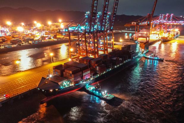 La Chine ferme partiellement l'un des principaux ports du monde à cause du coronavirus