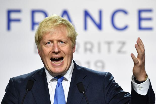 Brexit: semaine houleuse attendue au Parlement, Boris Johnson durcit le ton