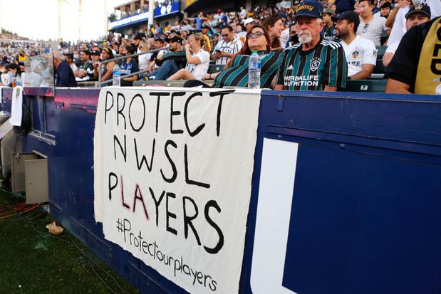 Le soccer féminin américain secoué par des allégations d'agressions sexuelles: un président de club démissionne