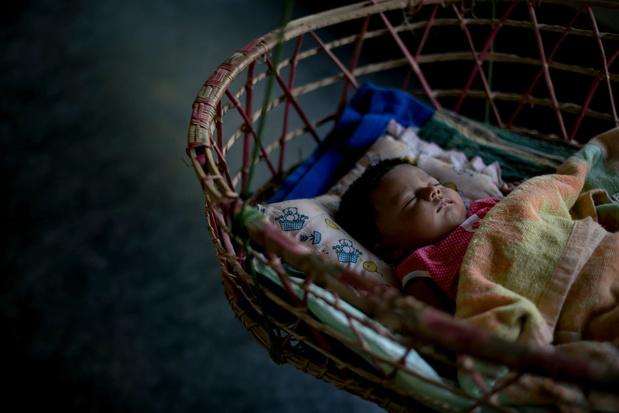 Ouders in Bangladesh steeds blijer met een meisje