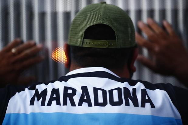 Diego Maradona opéré avec succès d'un hématome à la tête