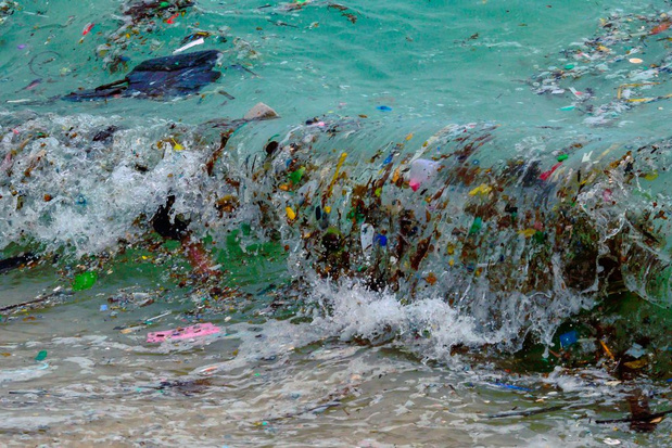 Voedselverpakking is grootste bron van plasticvervuiling op zee