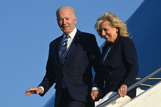 Biden arrive en Europe avec dans ses valises la promesse de vaccins pour le monde