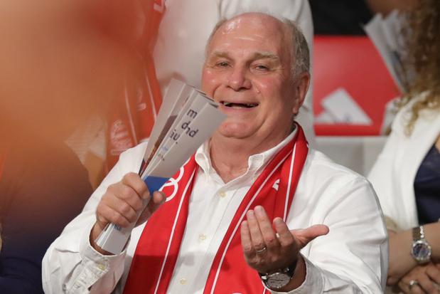 L'emblématique Uli Hoeness confirme qu'il va quitter la présidence du Bayern