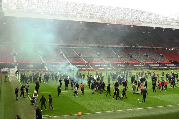Quand la colère des fans de Manchester United déborde...