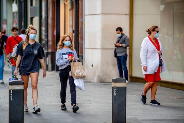 Modesector trekt aan de alarmbel: 'Verkoop is gehalveerd'