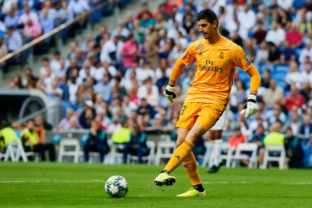 """""""Passoire"""", """"Alarme"""": Courtois et Hazard vivement critiqués, la presse espagnole se déchaîne sur le Real"""