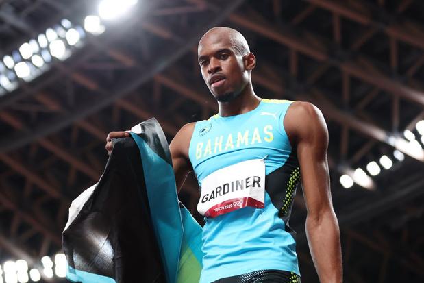 Steven Gardiner dans son jardin doré du 400 mètres olympique