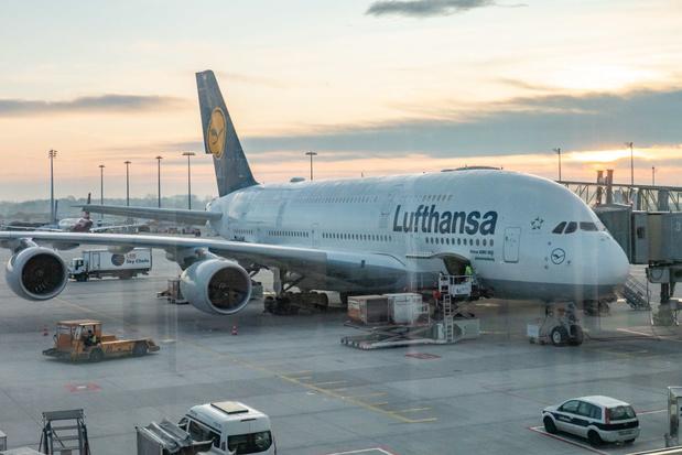 Coronavirus: Lufthansa va réduire de 50% ses capacités de vol