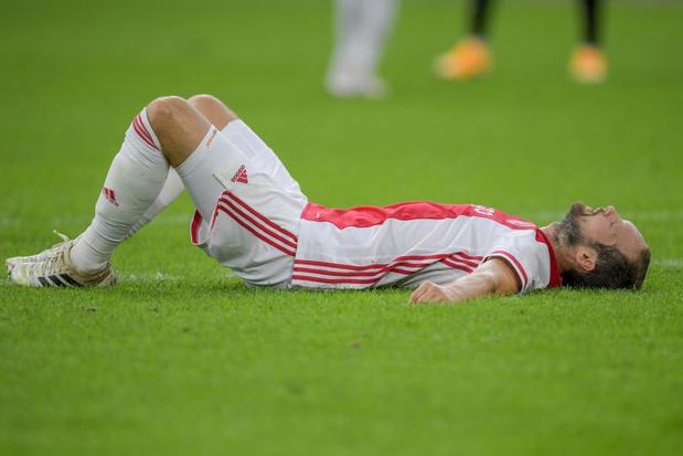 Daley Blind s'effondre et effraie les fans de l'Ajax