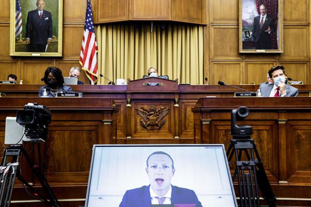 Senaat roept topmannen Facebook, Google en Twitter op het matje