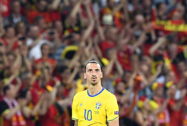 """Zlatan annonce son come-back avec la Suède: """"Le retour de Dieu"""""""