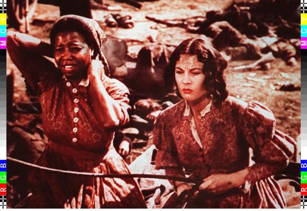 """""""Autant en emporte le vent"""" retiré d'un grand cinéma parisien: les oeuvres culturelles """"racistes"""" au pilori?"""