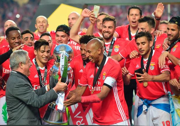 Benfica, aigle sans tête: son président démissionne