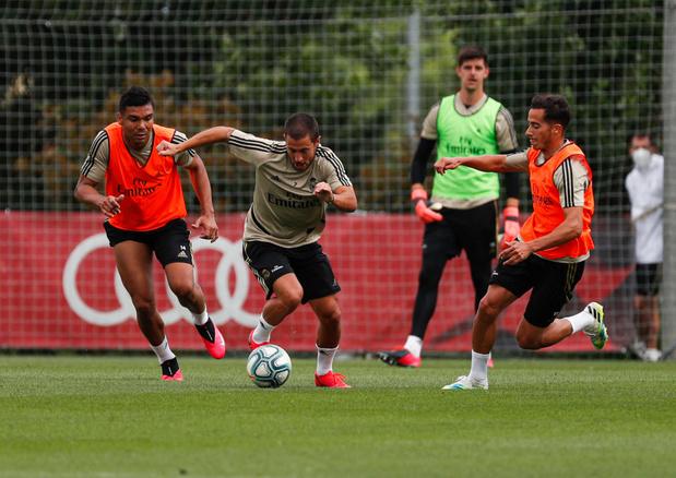Courtois et Hazard en chasse derrière le Barça