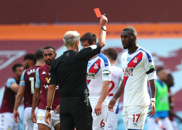 """Christian Benteke a """"gâché"""" sa fin de saison avec son carton rouge"""