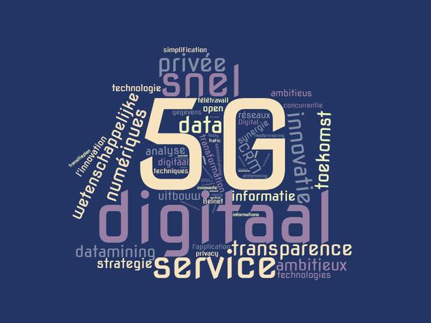 Que dit l'accord gouvernemental à propos de l'IT, des télécoms et de la numérisation?