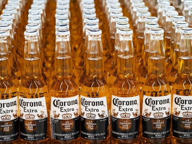La Corona, victime du coronavirus