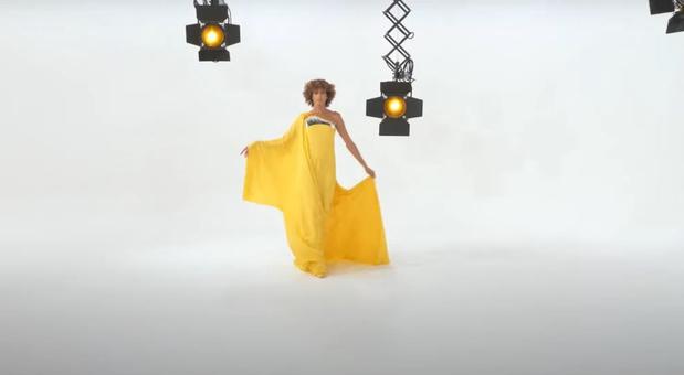 """La Haute couture selon Stéphane Rolland: une collection née du confinement, qui porte """"l'envie de confort, de bien-être, d'être rassurée"""""""